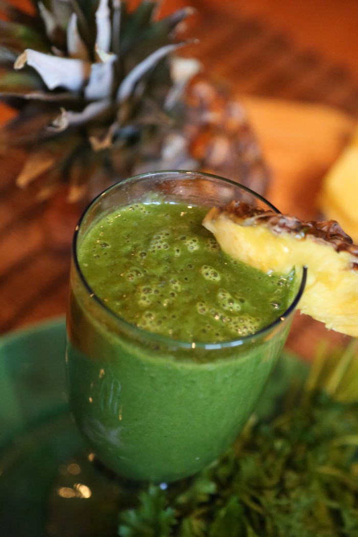Pineapple-Mango-Spinach Smoothie